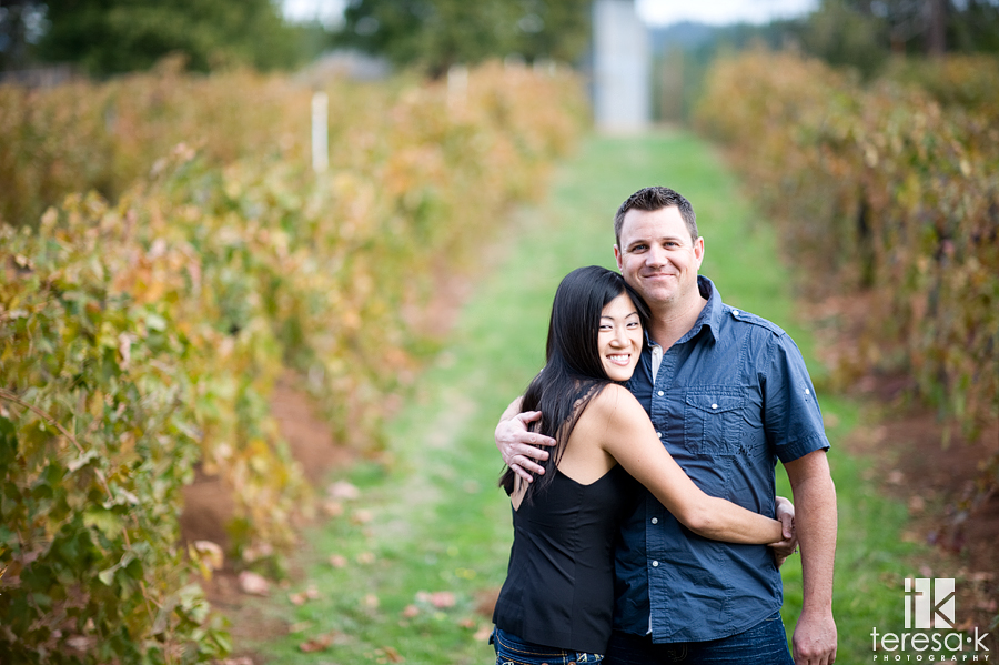 fall engagement session in the foothills of northern California