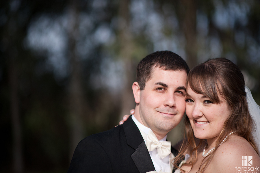 Bride and Groom Portraits at Crawford's Barn in Sacramento California by wedding photographer Teresa K photography