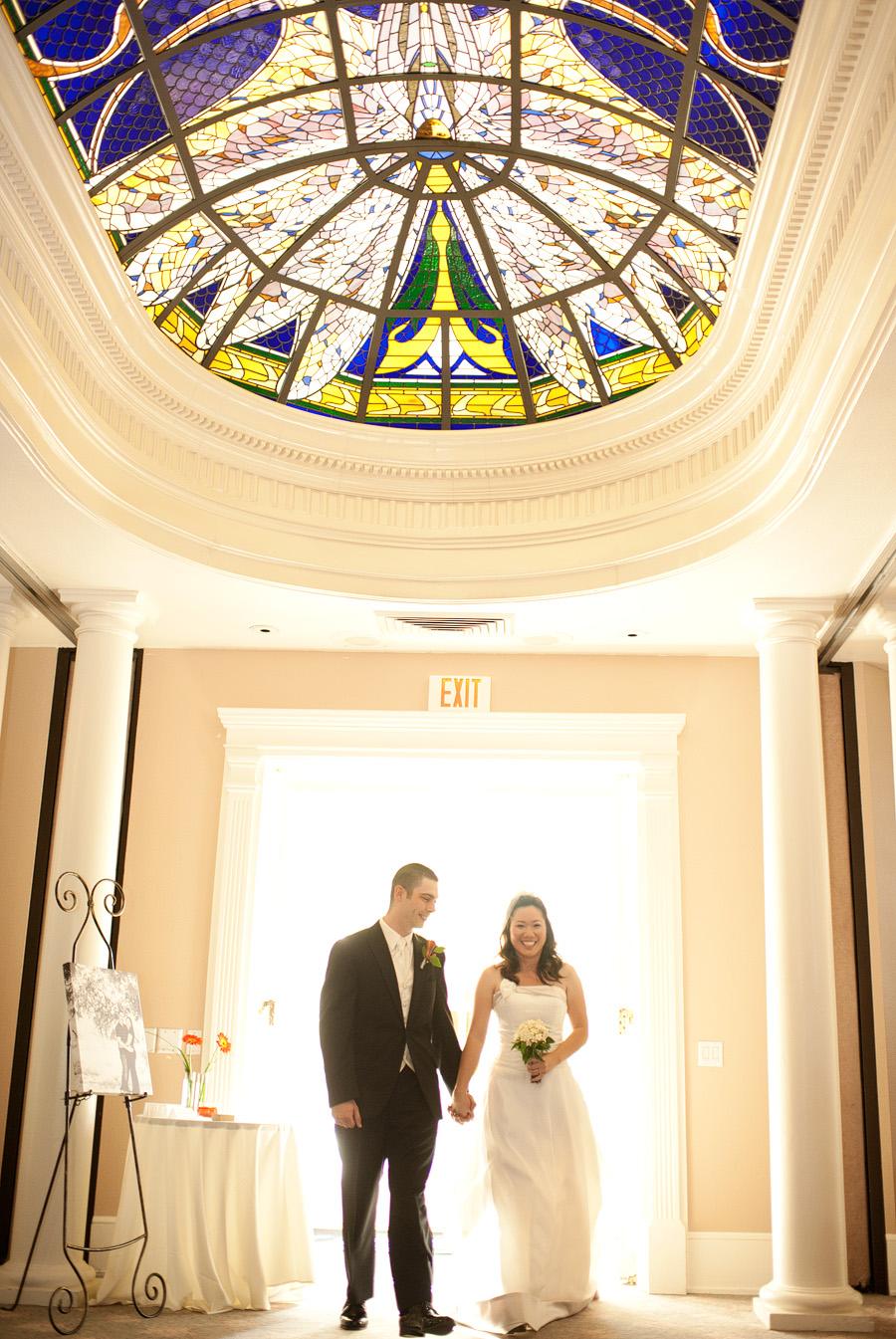wedding in Sacramento at the vizcaya pavilion and mansion