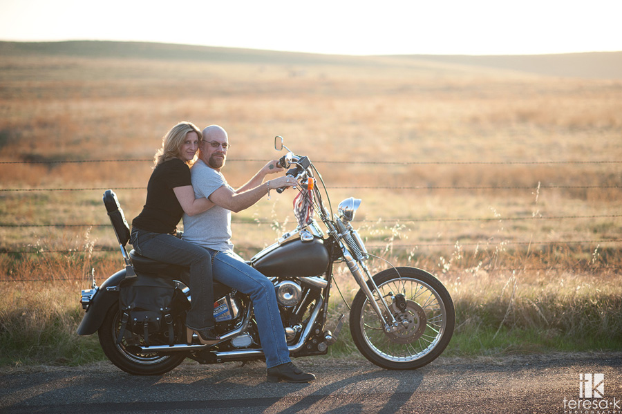 engagement sessions on a Harley Davidson