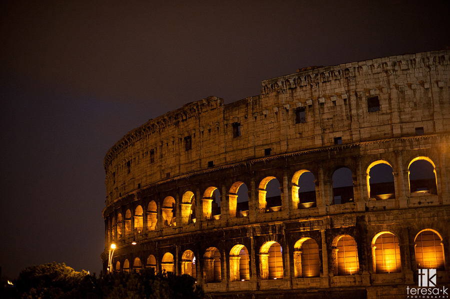 nighttime images of the roman coliseum