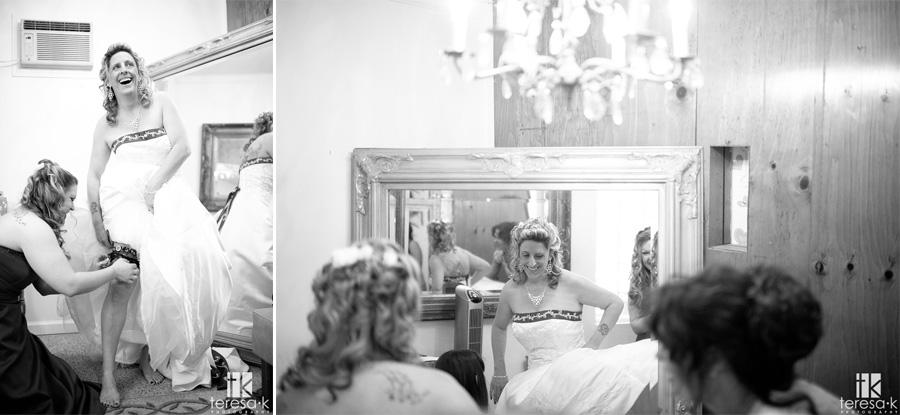 bride getting ready at oak Leigh gardens
