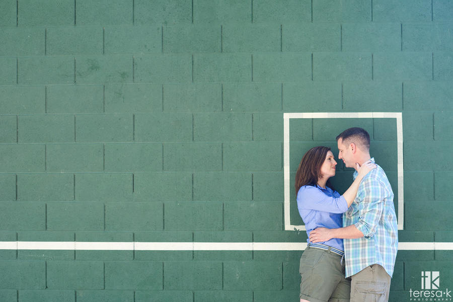 modern engagement images in Sacramento