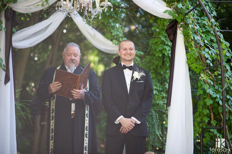 lone wedding ceremony