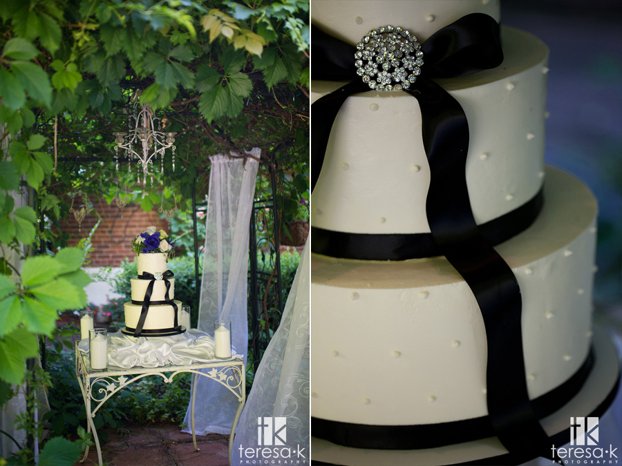 beautiful cake at heirloom inn