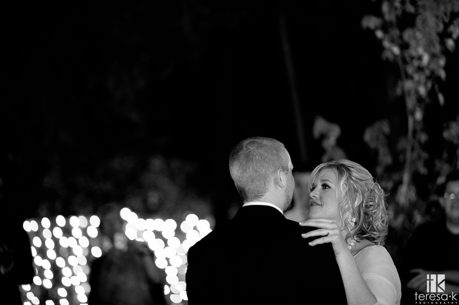 bride and groom's first dance in lone