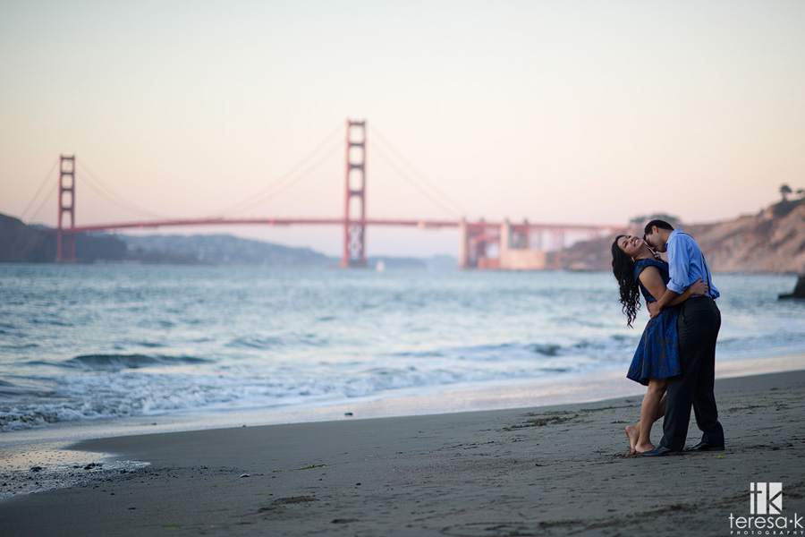 engagement session at China Beach in San Francisco 022