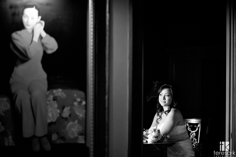bride in the room at the grand island mansion
