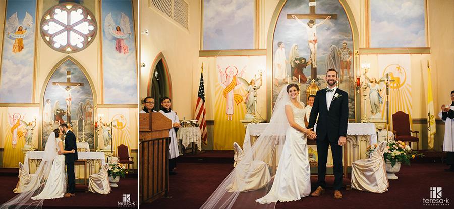 Catholic-Backyard-Wedding-42