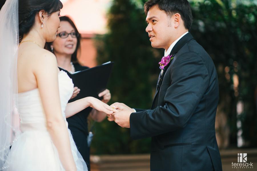 Courtyard-D'Oro-Old-Town-Sacramento-Wedding-39