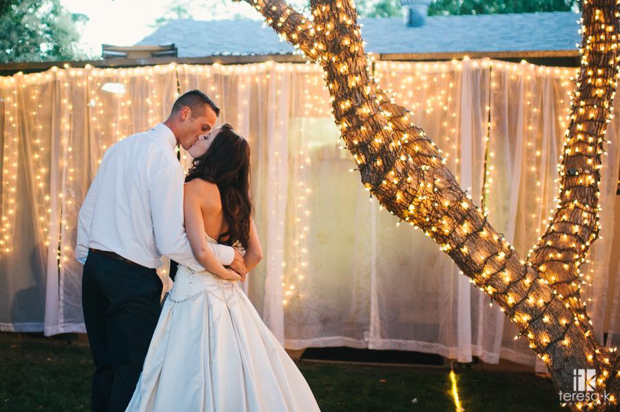 nighttime-backyard-wedding-39