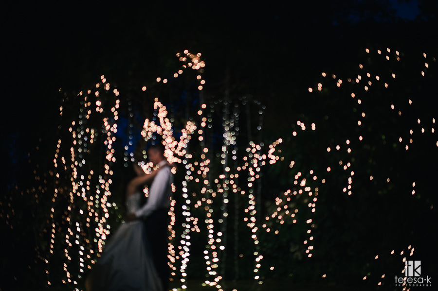 nighttime-backyard-wedding-42
