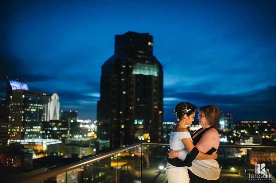 Sacramento Citizen Hotel Rooftop Elopement at Sunset 43
