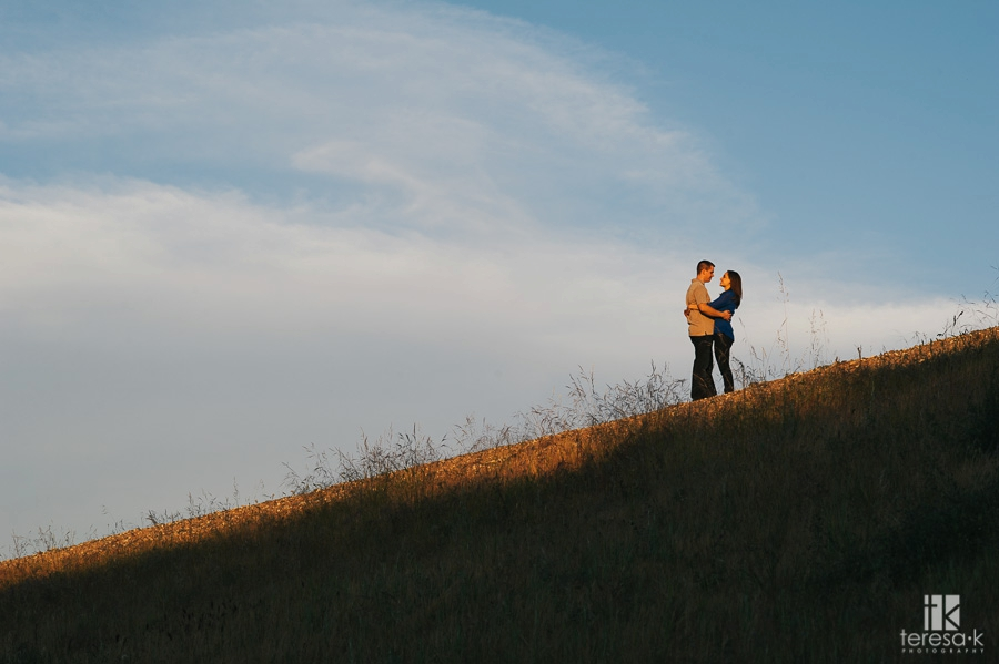 Spring-Engagement-Session-at-Folsom-Lake-016