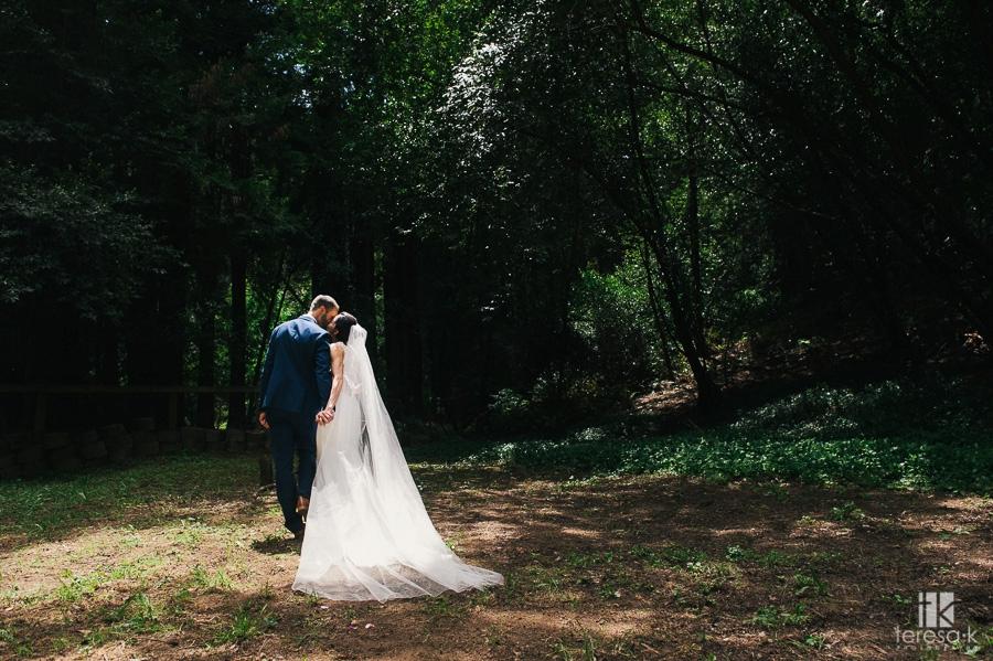Redwood-Ranch-Fancy-BBQ-Wedding-19