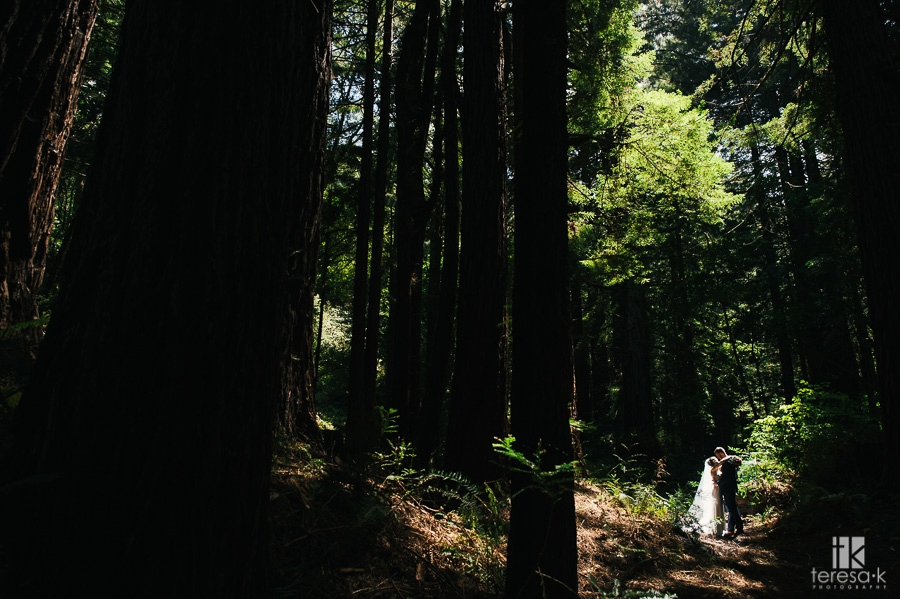 Redwood-Ranch-Fancy-BBQ-Wedding-23