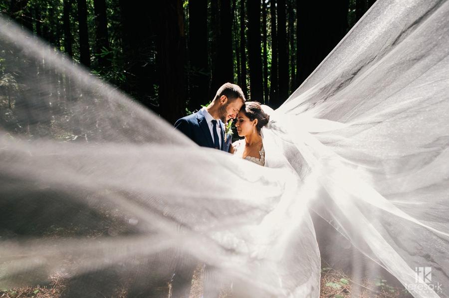 Redwood-Ranch-Fancy-BBQ-Wedding-27